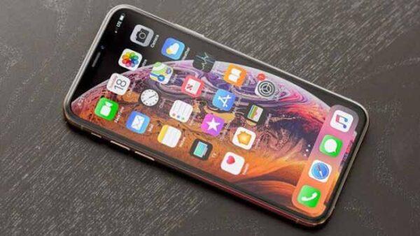 iPhone Xs đổi bảo hành FPT