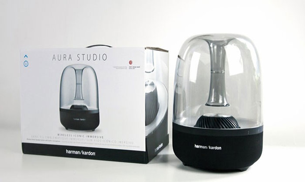Loa Aura Studio 2 thiết kế trong suốt tinh tế