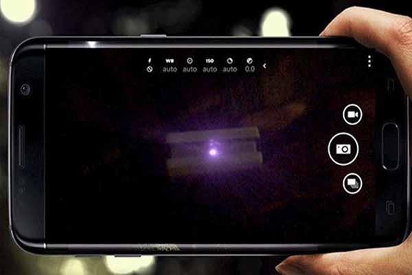 Phát hiện camera ẩn bằng chế độ chụp ảnh từ điện thoại