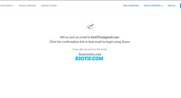 Hệ thống gửi một bức thư xác nhận về Email bạn đã đăng ký