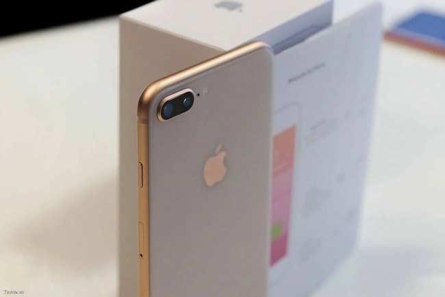iPhone 8 Plus màu Bạc