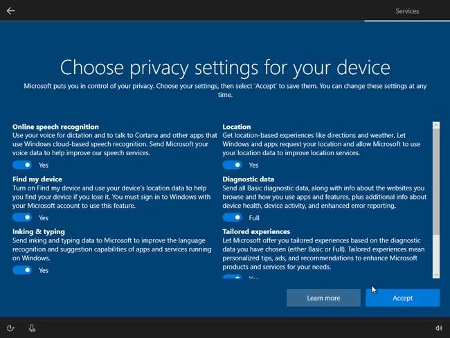 Nhấn Acpect để đồng ý các tùy chọn mặc định của Window 10