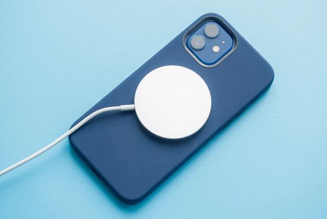 Thời lượng pin iPhone 11 sử có thể được sử dụng lên tới gần 11 tiếng liên tục