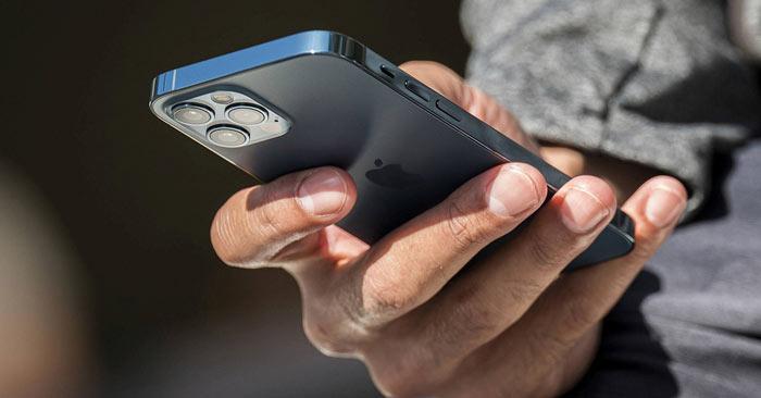 iPhone 12 có khả năng chịu lực gấp 4 lần với kính thông thường
