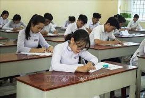 Các đối tượng tham gia kỳ thi Trung học Phổ thông Quốc gia (Việt Nam)