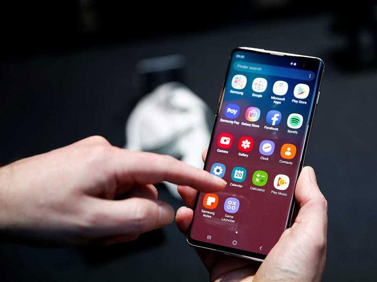 Với những ứng dụng không dùng đến, hãy gỡ bỏ chúng để giải phóng bộ nhớ smartphone và giúp tăng tốc 3G